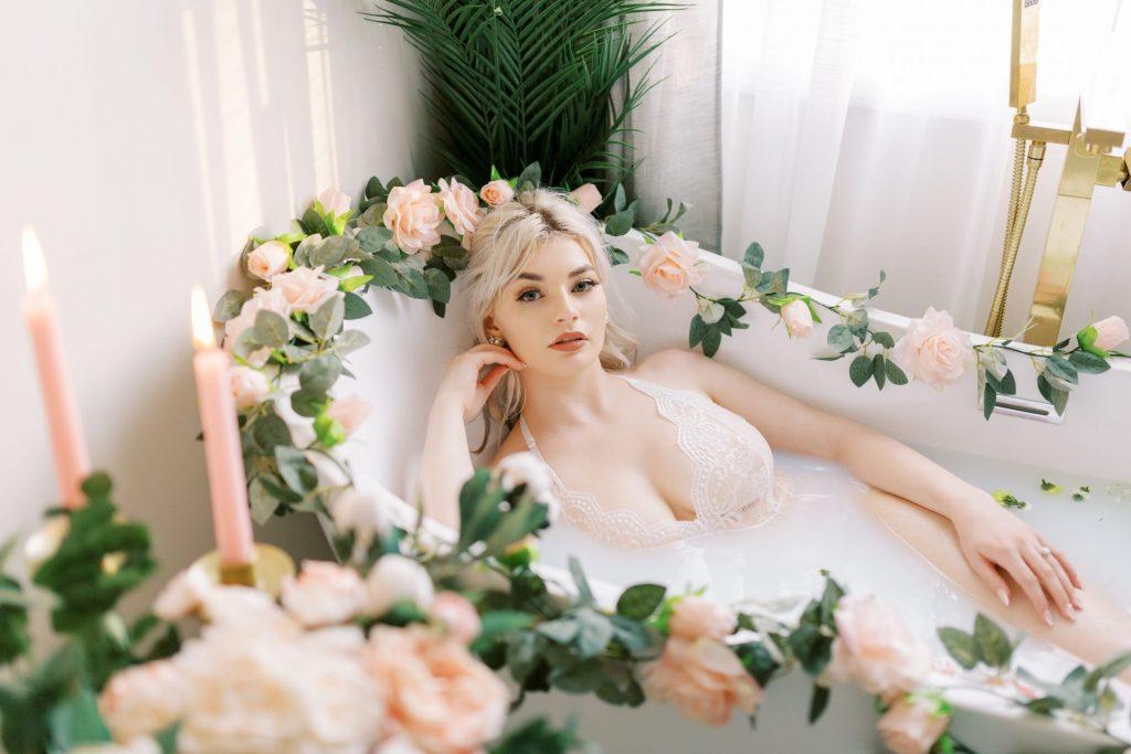 bathtub boudoir